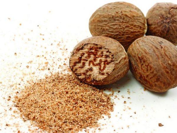 Полезные свойства мускатного ореха, как употреблять, действие на организм
