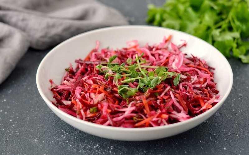 Салат метёлка с сельдереем