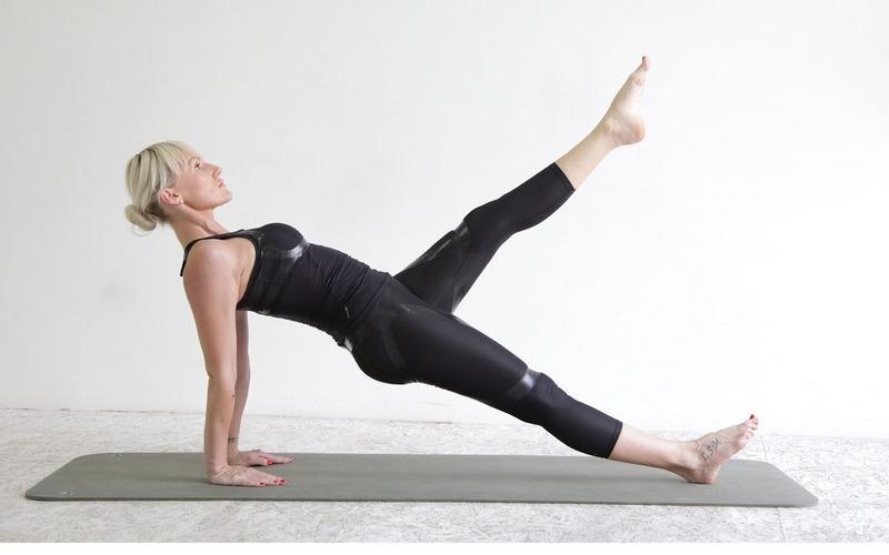 Какими упражнениями можно убрать целлюлит в домашних условиях, на тренажерах