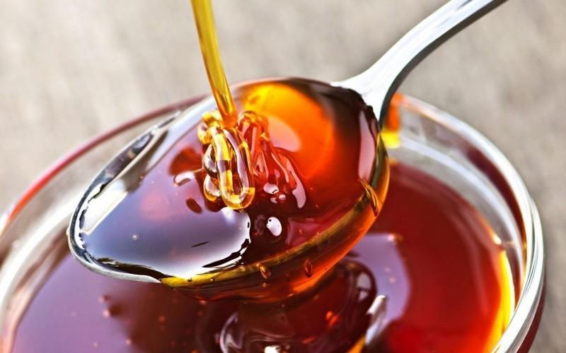 Дягилевый мед: состав, полезные свойства, применение, противопоказания