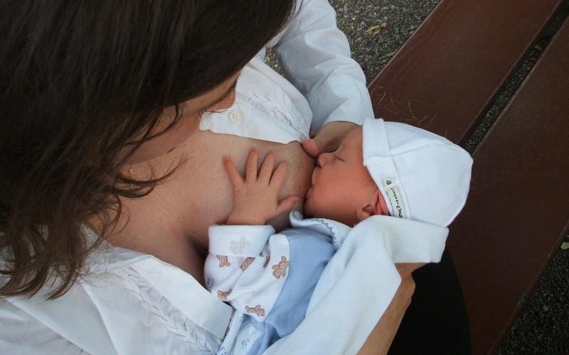 Выбор крема в период беременности и лактации
