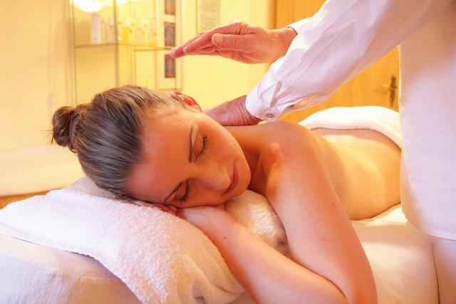 Что эффективнее – ручной массаж или LPG