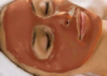 Как применять красную глину для лица и тела